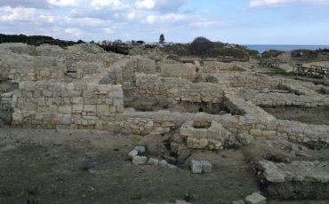 Visit-Melendugno-roca-vecchia-cittc3a0-stratificazioni